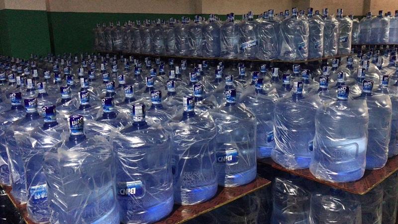 桶装水成品